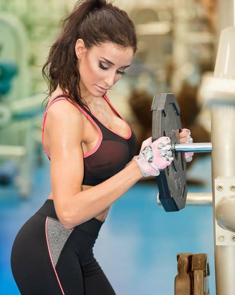 Gluteos, ,tonificar, perder peso, perder grasa, vientre plano, entrenamiento piernas, piernas bonitas